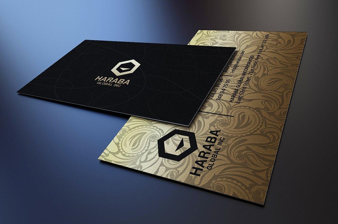 Biglietto da visita elegante nero e oro 4
