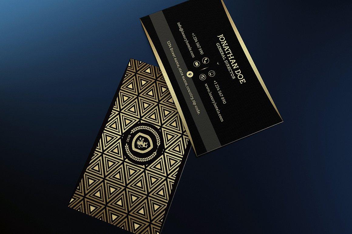 Biglietto da visita raffinato nero e oro